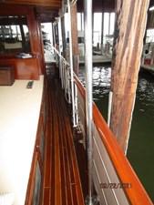 Cygnus II 15 14_2783040_cygnus_ii_starboard_side_deck2