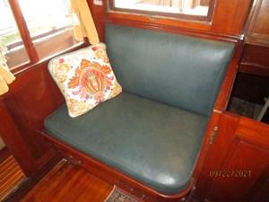 Cygnus II 40 39_2783040_cygnus_ii_pilothouse_starboard_seating