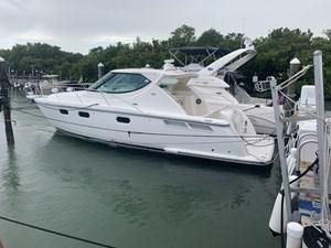 Tiara Yachts Sovran 0 thumbnail_image0