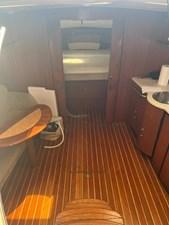 Tiara Yachts Sovran 9