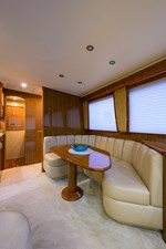 Knot Racing 14 74_viking_knot_racing_dinette_1