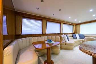 Knot Racing 15 74_viking_knot_racing_dinette_2