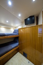Knot Racing 25 74_viking_knot_racing_fwd_port_guest_stateroom_2