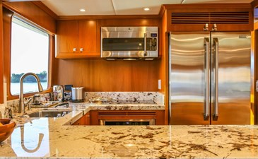 Let It Bee 3 Let It Bee 2017 OFFSHORE YACHTS  Motor Yacht Yacht MLS #273723 3