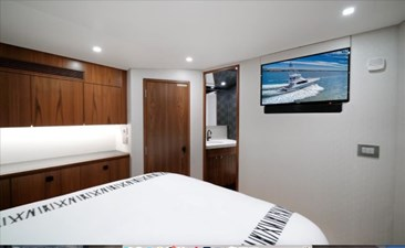 Stresproof 22 Master Stateroom 3