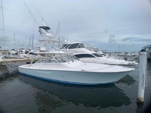 Fishing Lady 3 7909637_20210628062810285_1_XLARGE