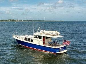 Blue Chip 3 Blue Chip 2003 DETTLING YACHTS Express Cruiser Cruising Yacht Yacht MLS #273768 3