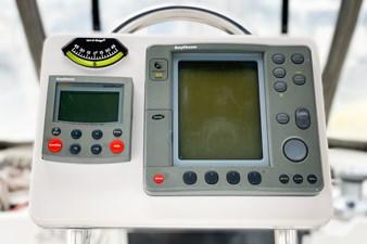 SECOND WIND 4 SECOND WIND 2000 HUNTER MARINE Center Cockpit Center Cockpit Yacht MLS #273778 4
