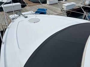 Moon Shadow III 4 Moon Shadow III 2002 CARVER 410 Sport Sedan Cruising Yacht Yacht MLS #273785 4