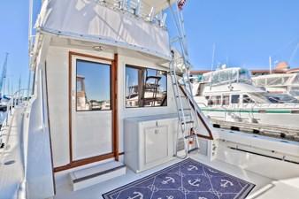 Yota Life 6 Yota Life 1989 VIKING 41 Convertible Sport Fisherman Yacht MLS #273792 6