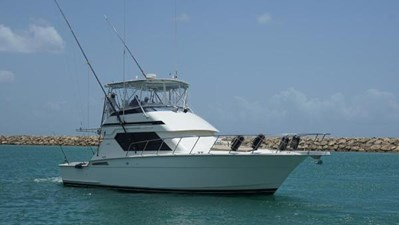 1994 Hatteras 43 Convertable  1 8058176_20211005131659504_1_LARGE
