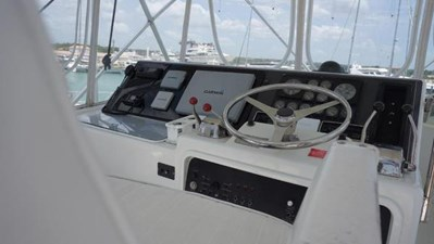 1994 Hatteras 43 Convertable  9 8058176_20211005131710530_1_LARGE