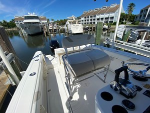FL5041RX 14 2002 Boston Whaler 270 Outrage - Helm Seat Starboard Side