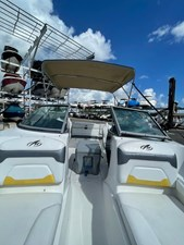 Monterey 22 2015  6 Monterey 22 2015  2015 MONTEREY  Motor Yacht Yacht MLS #273825 6