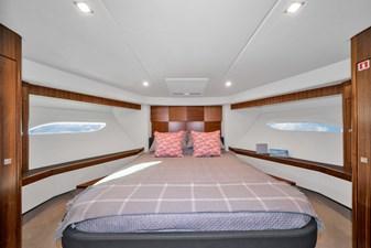 2015 Riviera 6000 Sport Yacht Rumours 25