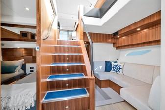 2015 Riviera 6000 Sport Yacht Rumours 19