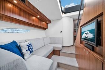 2015 Riviera 6000 Sport Yacht Rumours 21