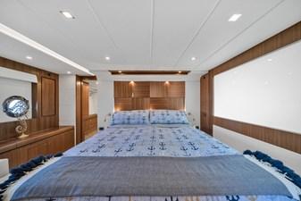 2015 Riviera 6000 Sport Yacht Rumours 22