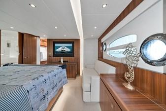 2015 Riviera 6000 Sport Yacht Rumours 23