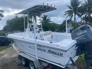 Angler 204  5 Angler 204  2005 ANGLERS  Motor Yacht Yacht MLS #273831 5