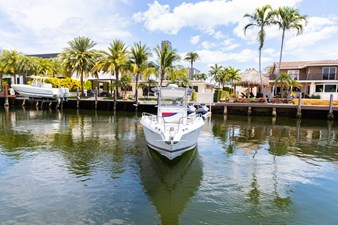 Lana 7 Lana 2001 DONZI MARINE 35 ZF Open Boats Yacht MLS #273847 7