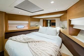 Aretecte 32 VIP Stateroom Forward