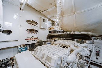 Aretecte 71 Engine Room