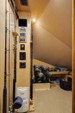 Team Supreme 48 2012 Viking 76 SF - Rod Locker & Storage (2)