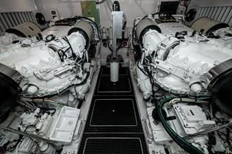 Team Supreme 64 2012 Viking 76 Convertible - Engine Room (1)