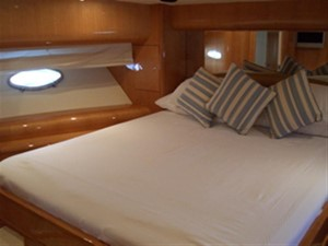 COLLECTOR 2 2 COLLECTOR 2 2003 UNIESSE Uniesse 55 Sport Yacht Yacht MLS #44547 2