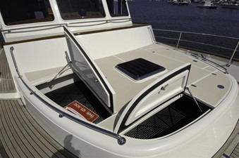 FLEMING 65 - NEW BUILD 22 Foredeck Storage