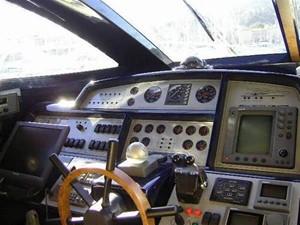 70' Riva Dolce Vita 2100 9 Helm