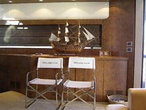 70' Riva Dolce Vita 2100 5 Salon Starboard