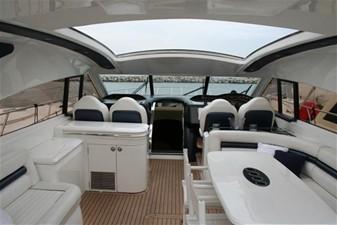 65' Princess V65 Hard Top 1 main deck salon