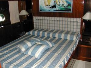 72' San Lorenzo 72 7 VIP Cabin