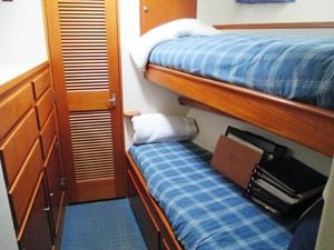 1986 86' Classic Burger Motor Yacht Cabin