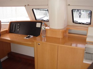 48' 2008 Fountaine Pajot Salina 48 12 Forward Looking Steering Station