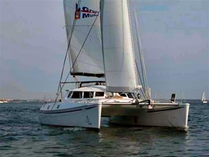42' 2007 Outremer 42 6 Sailing Upwind