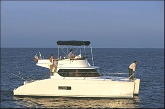 35' 2007 Fountaine Pajot HIGHLAND 2 At Rest