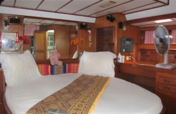 Tayana 55 4 Tayana 55 1990 TA YANG YACHT BLDG. Tayana 55 Cruising/Racing Sailboat Yacht MLS #91008 4
