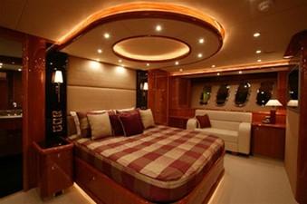 94' Sunseeker 94 Yacht 4