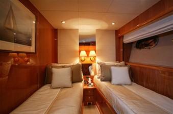 94' Sunseeker 94 Yacht 6