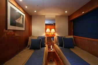 94' Sunseeker 94 Yacht 7