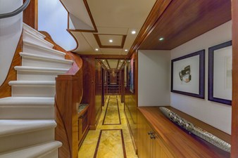 Lower deck foyer
