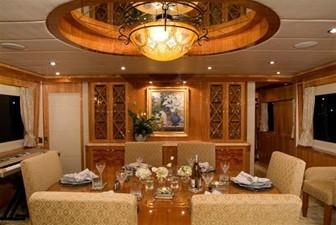 SEA LEGEND 5 Dining Area